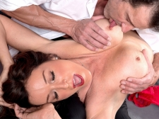 How a SEXY HOUSEWIFE sucks and fucks, by Rachel Steele