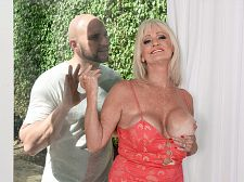 JMac discharges his load, Leah swallows
